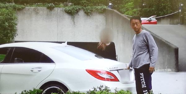玉井暁の高級外車の画像