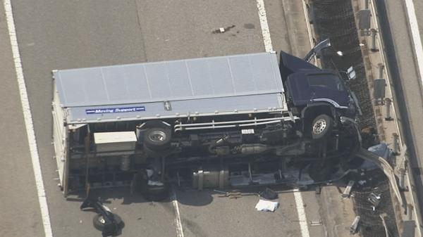 衝突されたトラックの画像