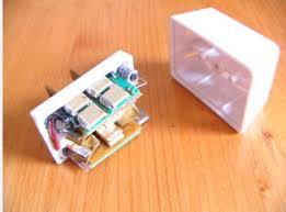 コンセントタップ型盗聴器の画像