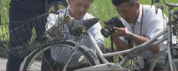 大破した自転車の画像
