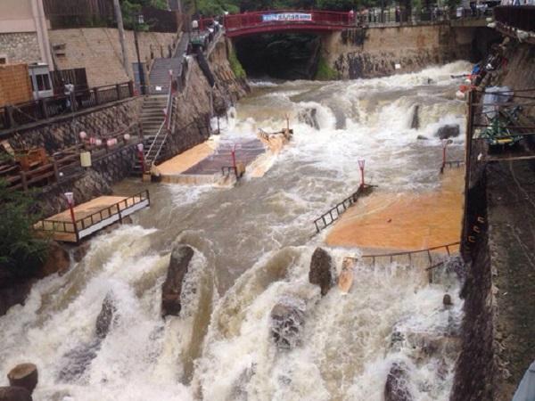 8月10日午後の有馬温泉の画像