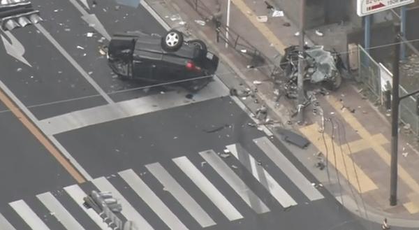事故を起こした車の画像