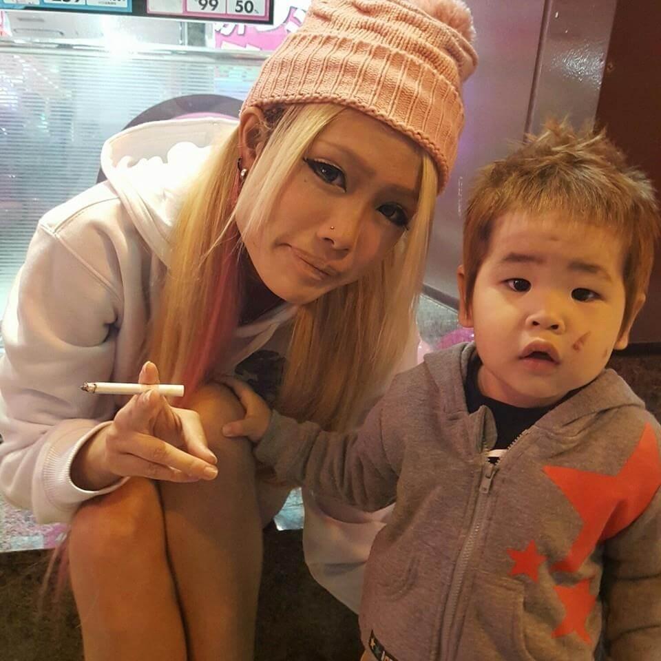 伊藤絵理香容疑者と2歳児の顔写真画像