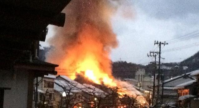 三宮で火事-神戸市中央区北長狭通の三宮駅前ビル |  …