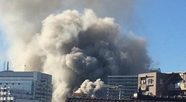 火災速報-立川市曙町で火事、シネマ通りのドーナ …