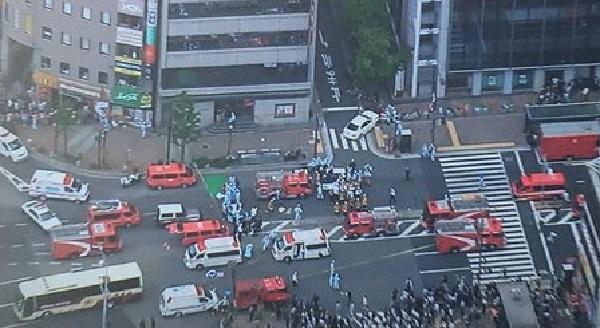 三ノ宮駅での暴走事故の現場写真画像