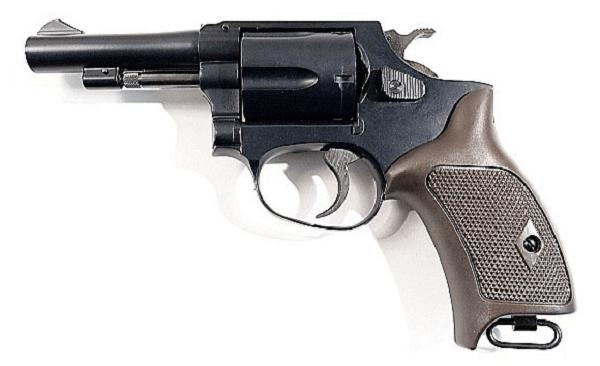 イオン大野城で万引き犯が拳銃発射した発砲事件の画像
