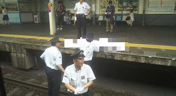 近鉄八尾駅の人身事故の現場写真画像