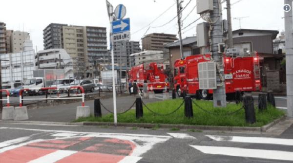 東上線で人身事故 川越駅付近の踏切に消防車が駆けつけ救助活動のニュースキャプチャ画像