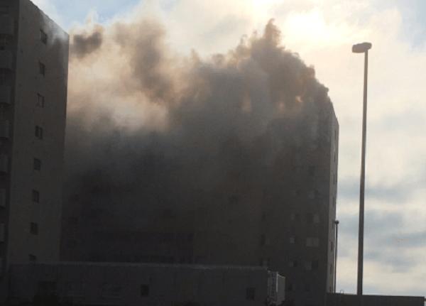 篠路駅前のマンションで火事のニュースキャプチャ画像