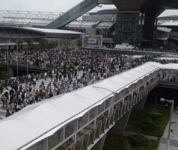 ゆりかもめ・国際展示場正門駅で異臭騒ぎのニュースキャプチャ画像