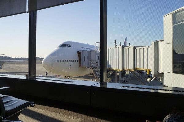 j_成田空港の画像