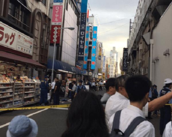 台東区御徒町の駅前で事件のニュースのキャプチャ画像