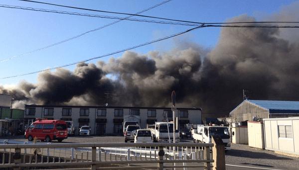 静岡市清水区鳥坂で大規模な火事のニュースキャプチャ画像
