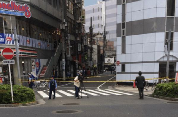 五反田駅前で殺人未遂事件のニュースキャプチャ画像