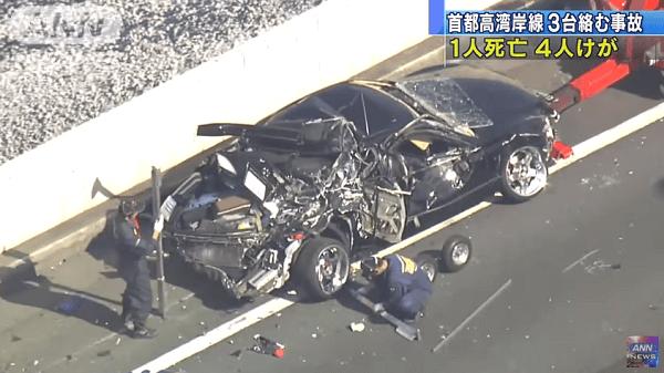 首都高速湾岸線で衝突事故のニュースキャプチャ画像