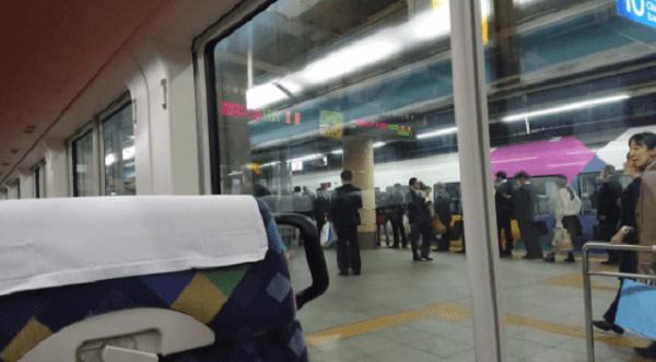 中央線・高尾駅で人身事故の画像