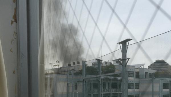 東京学芸大学附属竹早小学校で火事のニュースキャプチャ画像
