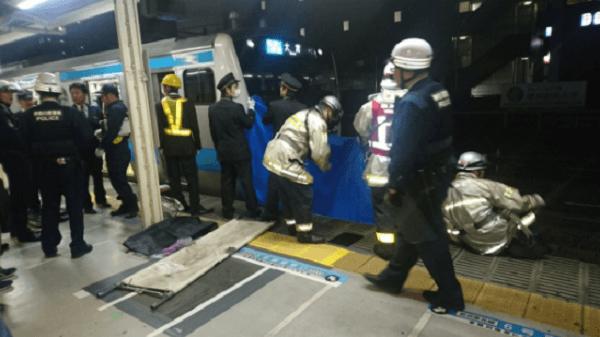 京浜東北線の東神奈川駅で人身事故の画像