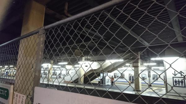 総武線・新小岩駅付近で人身事故の現場の画像