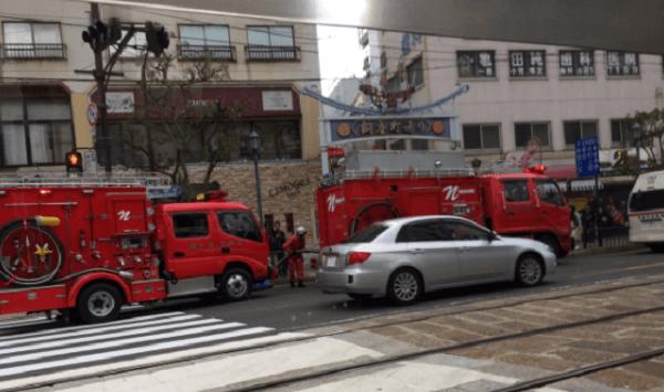長崎市の銅座市場で陥没事故のニュースの画像