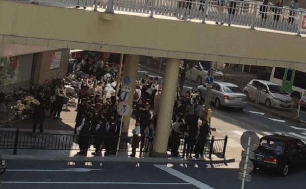 高槻市の松坂屋に爆破予告される事件の画像