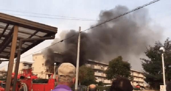 高浜市八幡町の団地で火事の現場の画像