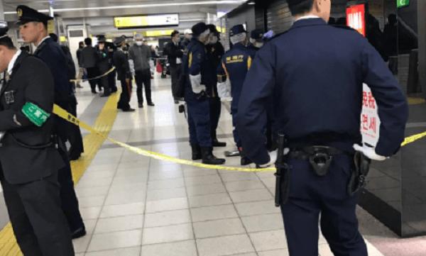 池袋駅のユニクロで事件の画像