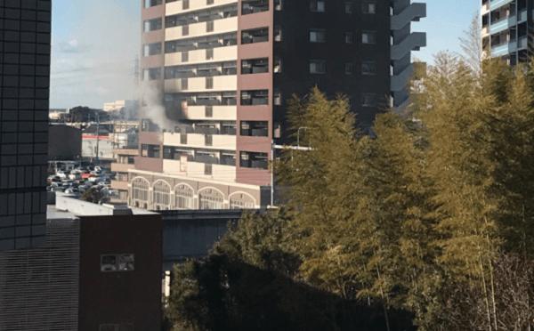 つくば市みどりの駅前のマンションで火事の現場の画像