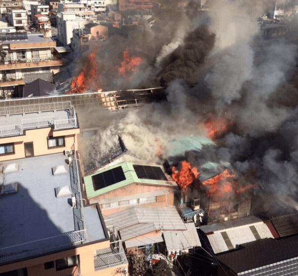 伊勢市の高柳商店街で火事の画像