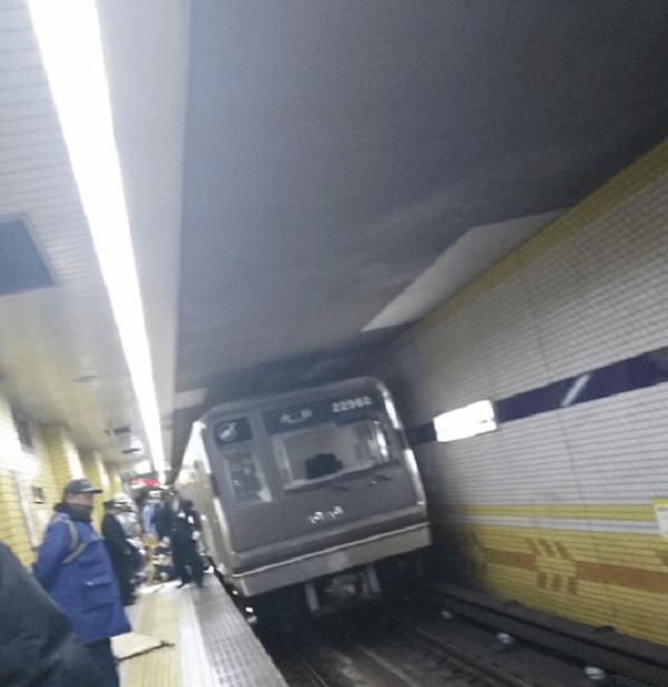 大阪市営地下鉄谷町線・長原駅で人身事故の現場の画像