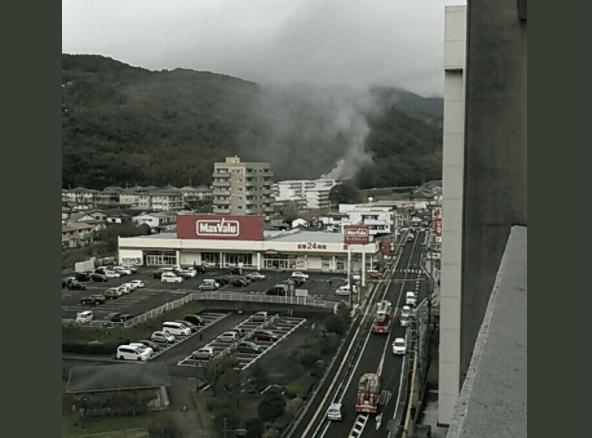 佐世保市大野町の県営住宅で火事の画像