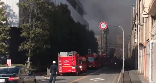 堺市のシマノ本社で火事の現場の画像