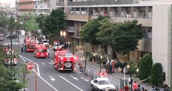 足立区の西新井駅付近マンションで立てこもり事件の画像