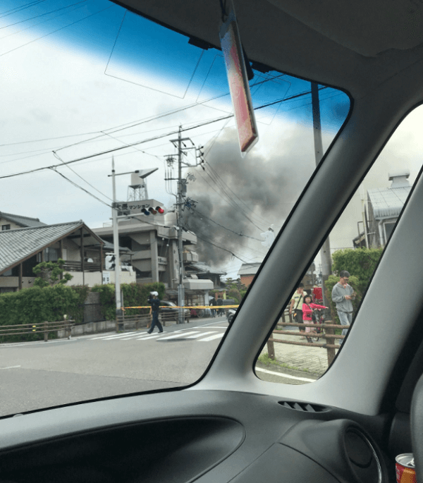 東海道新幹線が沿線火災で遅延の現場の画像