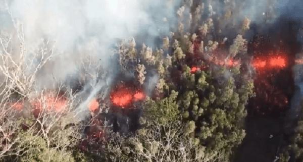 ハワイでキラウエア火山が噴火の動画のキャプチャ画像