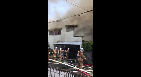 武蔵村山市三ツ木の火事現場の写真画像