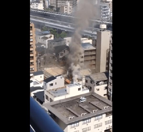 神戸市東灘区深江本町で火事の動画のキャプチャ画像