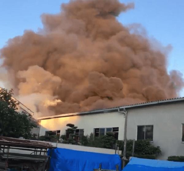 江南市松竹町で火事の動画のキャプチャ画像