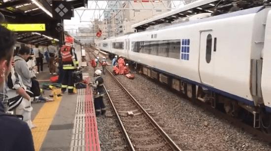 大阪環状線の新今宮駅で人身事故の現場画像