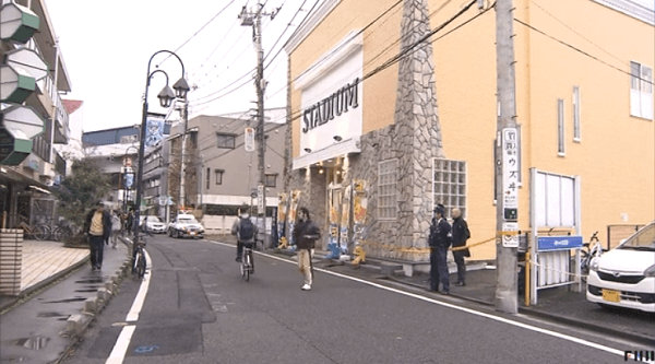 川崎市多摩区のスタジアムで強盗事件のニュースのキャプチャ画像