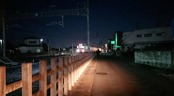 東武東上線の武蔵嵐山駅付近の踏切で人身事故の現場画像