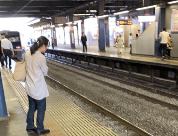 西武池袋線の東久留米駅で人身事故が起きた現場の画像