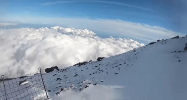 生配信中に富士山滑落事故が起きた場所の画像