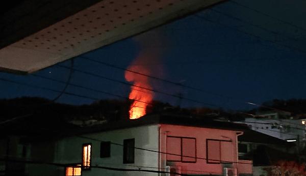 大阪府南河内郡河南町で火事が起きている画像