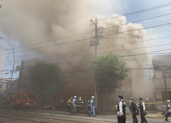 大阪市阿倍野区で火事が起きている現場の画像
