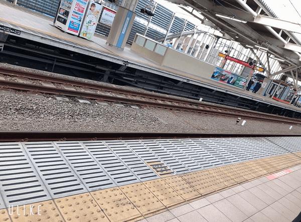 中央線の武蔵小金井駅で人身事故が起きた現場の画像