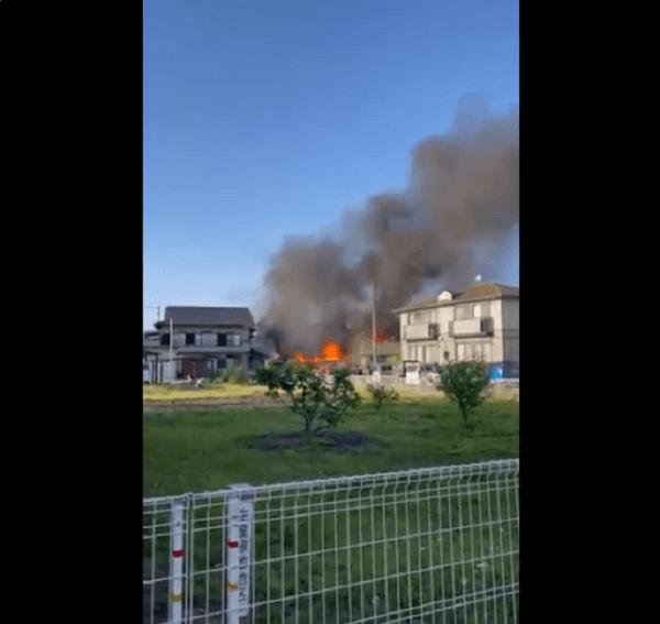 静岡市葵区古庄で火事の現場の画像